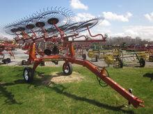 Pequea 10 wheel rake