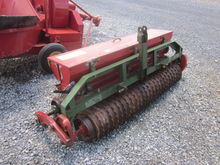 "Brillion 5' 6"" 3pt seeder"
