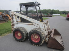 Bobcat 825 skid loader