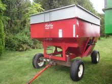 Ficklin gravity bin wagon