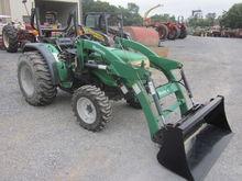 Montana 3040 4x4 loader