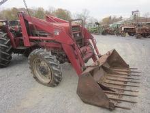 Case IH 2250 loader / Case 585