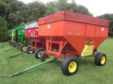 J&M gravity bin wagon