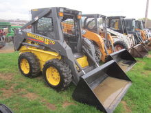 New Holland LS170 skid loader