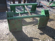 JD loader to bobtach attachment