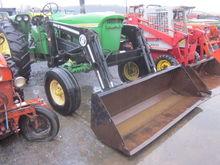 JD / Bush Hog 2425 loader / JD