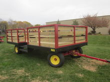 Stoltzfus hayride wagon