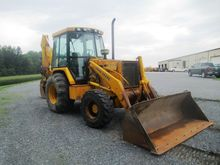 John Deere 310D Tractor Loader