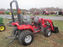 Massey Ferguson 1705 4x4 loader
