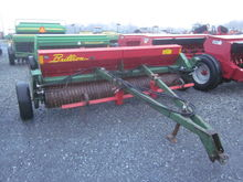 Brillion SS10 10' seeder