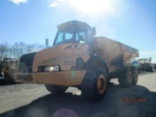 Case 330B Articulated Truck