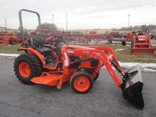 Kubota B3200 4x4 mower & loader
