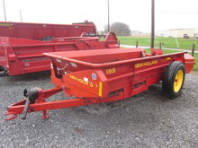 New Holland 155 manure spreader