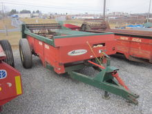 New Idea manure spreader