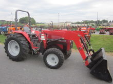 Massey Ferguson 1250 4x4 loader