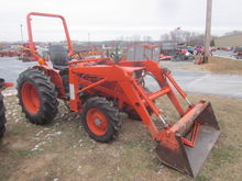 Kubota L275 4x4 loader