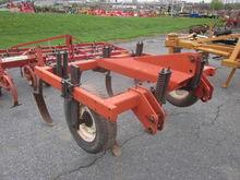 Case 5T 3pt chisel plow