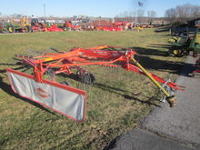 Kuhn rotary rake