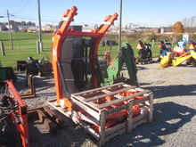Kubota / Woods LC102-2 loader /