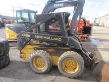New Holland 465 skid loader