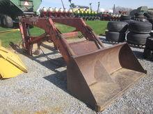 Schwartz 900 loader / IH 806