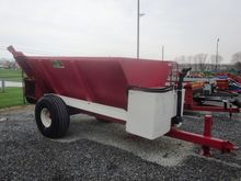 H&S side slinger spreader