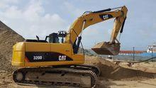 Caterpillar 320 DL track excava