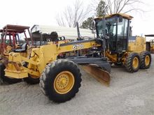 Used 2005 DEERE 670D