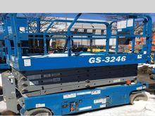 2011 Genie GS3246 114741