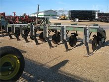 Used YETTER 4063 in
