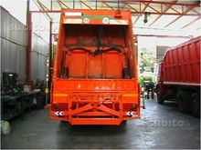 Garbage Truck Iveco 190.26 powe