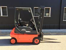 Used electric pallet