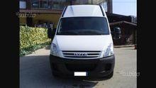 Iveco daily minivan