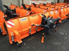 Used Snow Blade 2 in