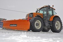 Tractor RENAULT ARES 720 RZ - o