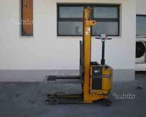 Pallet truck used ORMIC