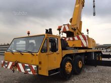 Used Mobile cranes L