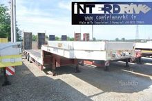 Semitrailer exceptional carrell