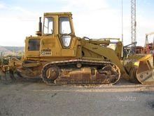Crawler Loader Cat 963 with rip