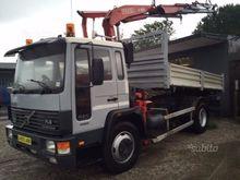 Volvo fl6 cranes and tipper