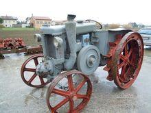 Antique tractor Landini Velite