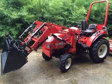 Deleks 22 hp tractor with loade