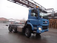 6x6 Vehicle with steerable tran