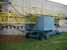 Built Crane Benazzato
