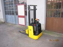 om cl10.5 electric pallet truck