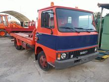 Used Tow truck om in