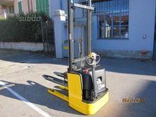 electric pallet truck om cl 12