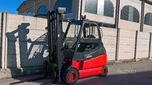 Forklift neat and 30-600