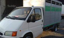 Truck livestock transport