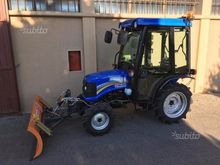 Solis 26 tractor cabin and blad